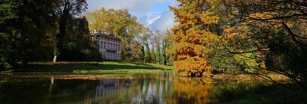 Park Schönbusch – Lustwandeln vorbei an märchenhaften Bauwerken